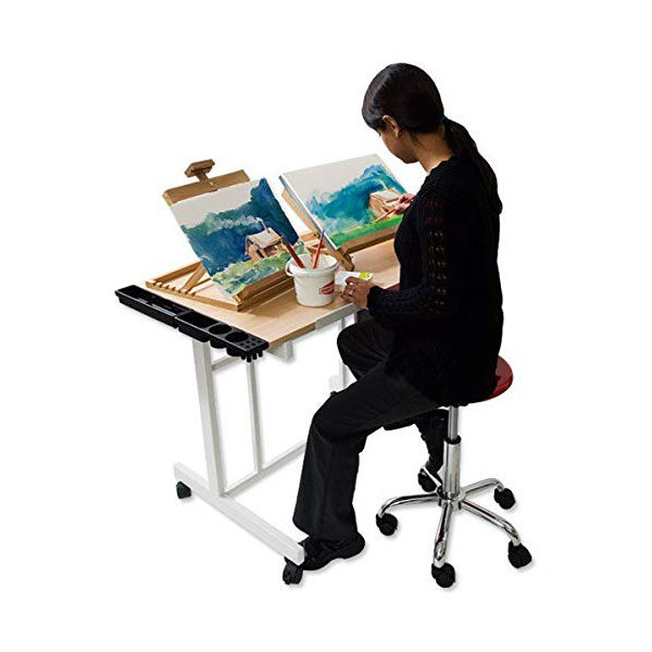 Symphony-Table-Top-Easel-being-used-as-painting-stand
